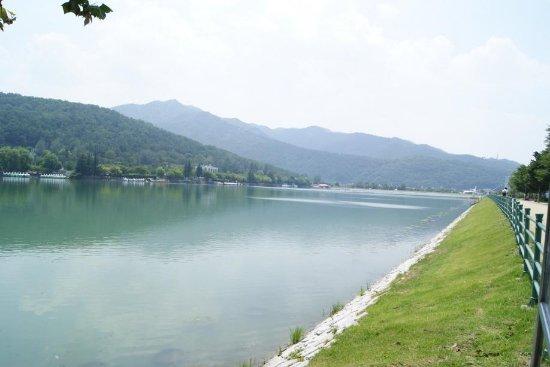 Suseongmot Lake