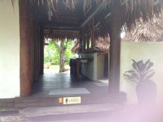 Leleuvia Island, Fiji: Ladies amenities block
