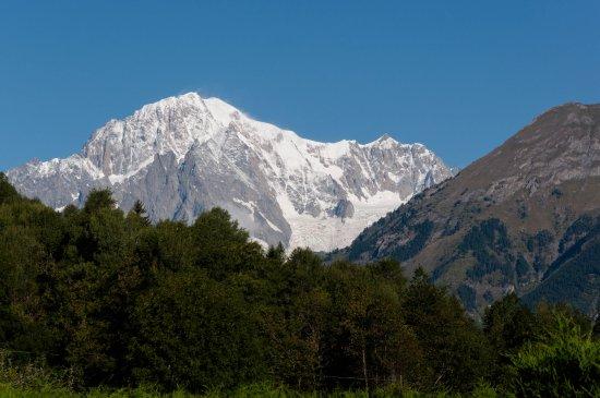 La Salle, Ιταλία: Vista del Monte Bianco dal giardino