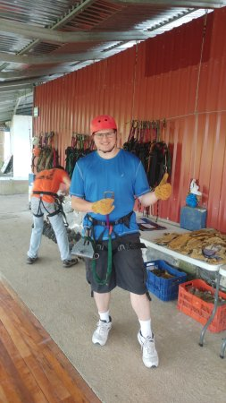 San Ramon, Costa Rica: Preparing to go Canopy