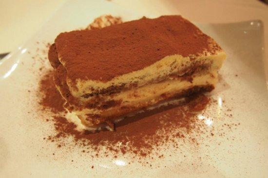 Al Chianti: must order!!! tiramisu