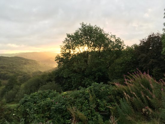 Machynlleth, UK: Early September morning view from Bron Yr Aur. what an inspiration this place must have been.