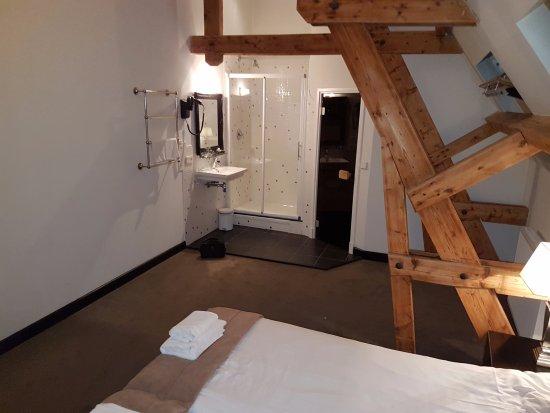 Grand Hotel Alkmaar: Open bathroom
