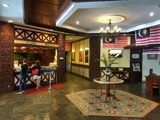 Holiday Villa Beach Resort & Spa Cherating: Reception