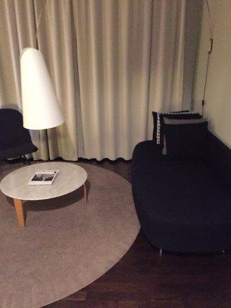 Nobis Hotel: sofa