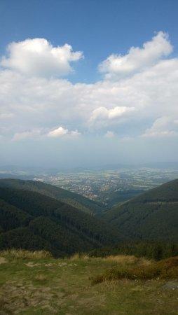 Moravian-Silesian Region, República Checa: Výhled po cestě k soše Radegast, kousek od Pusteven