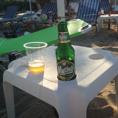 كريت, اليونان: mythos good greek beer