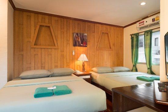 นิว โร้ด เกสท์เฮ้าส์: Comfort Room for 4 persons