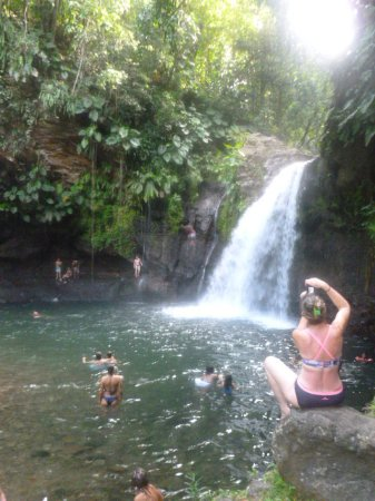 Petit-Bourg, Guadeloupe: Petite vue de la cascade