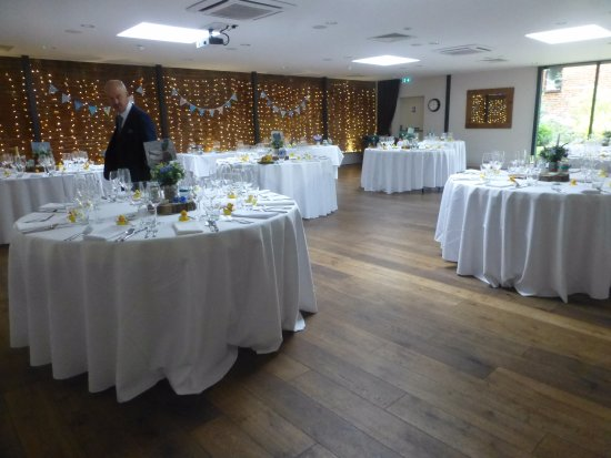 Coltishall, UK: Tables set for meal