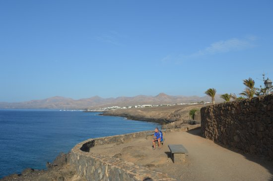 Puerto del carmen to puerto calero coastal footpath picture of walk from puerto del carmen to - Lanzarote walks from puerto del carmen ...
