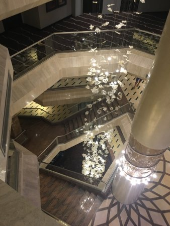 Four Seasons Hotel: photo2.jpg