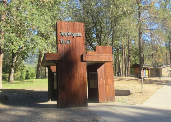 Applegate Trail Interpretive Center at Valley of the Rogue State Park, Gold Hill, Oregon