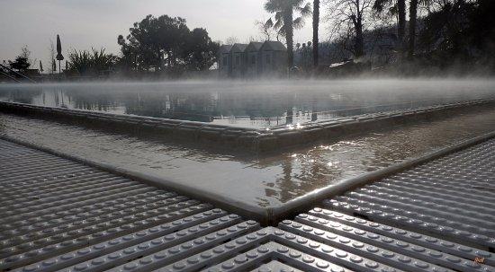 Millepini Terme Hotel: scattata in dicembre. Il vapore sembra galleggiare!