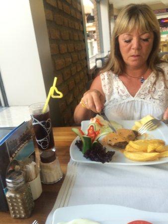 Elif's Cafe : photo2.jpg