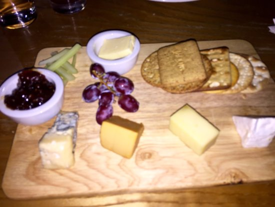 Marmion's Brasserie: Cheese board