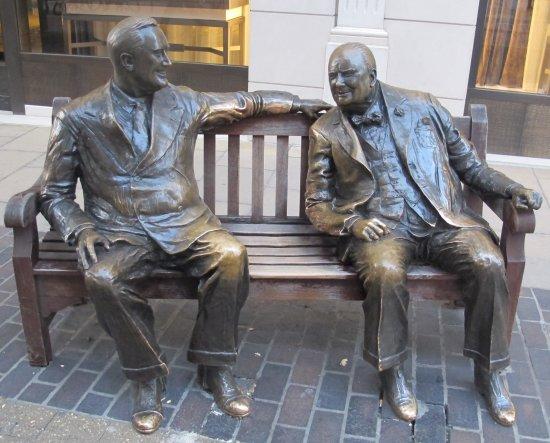Allies Statue - Franklin D. Roosevelt and Winston Churchill