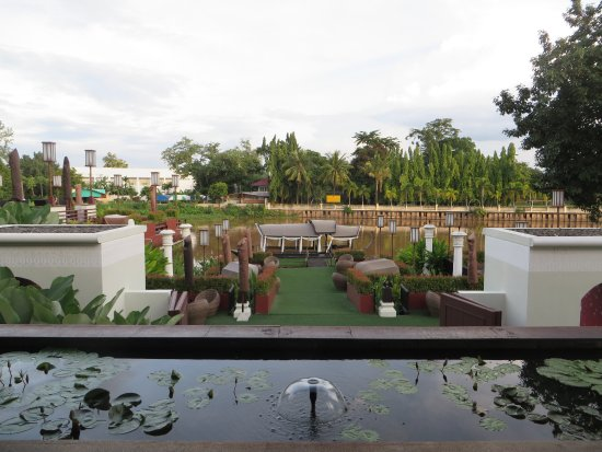 Ratilanna Riverside Spa Resort Chiang Mai: View from the restaurant/lounge