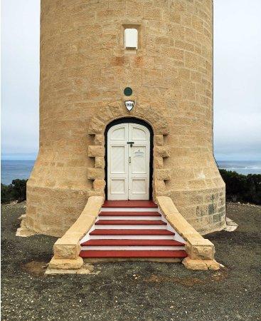 Cape du Couedic Lighthouse: The lighthouse door & The lighthouse door - Picture of Cape du Couedic Lighthouse ... Pezcame.Com