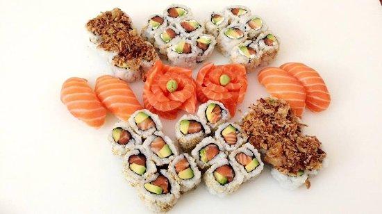 Torcy, فرنسا: Sushi, maki, sashimi, crispy... et pleins d'autres choix chez Aaliyah Sushi!