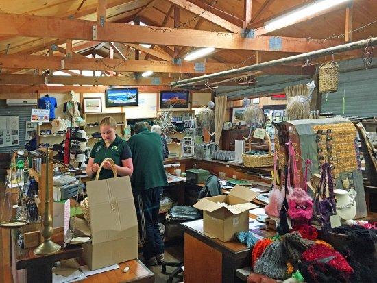 Кингскот, Австралия: The shop