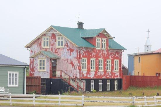 Eyrarbakki, IJsland: This one needs to be renovated