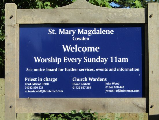 Cowden, UK: Sign for the church