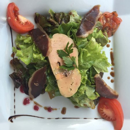 Restaurant La Bastide : Smoked duck and foie gras salad