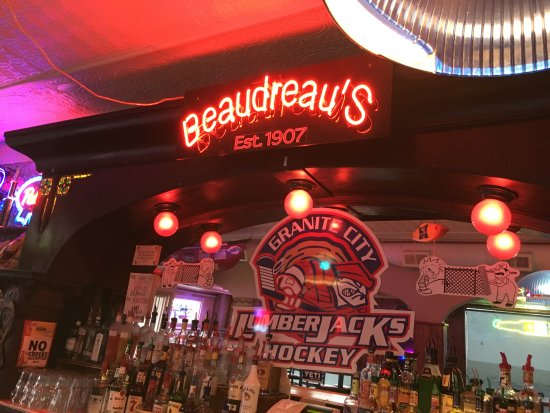 Σεντ Κλάουντ, Μινεσότα: View of bar