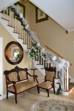 Twelve Oaks Plantation B&B: Stair