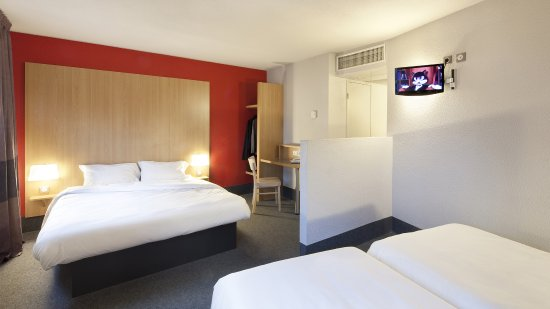b b h tel marne la vall e torcy picture of b b hotel marne la vallee bussy bussy st georges. Black Bedroom Furniture Sets. Home Design Ideas