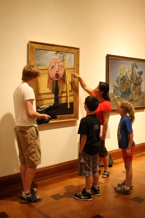 Muncie, IN: Students visit the museum and explore the world of art