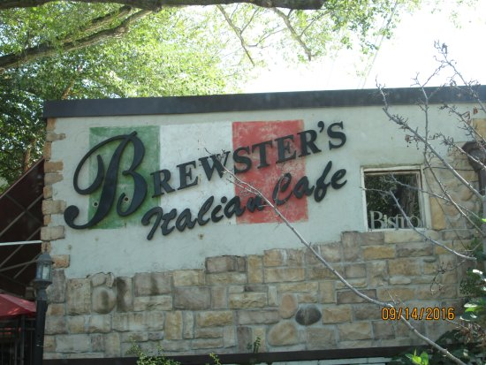 New Buffalo, MI: this is the charming Brewster's
