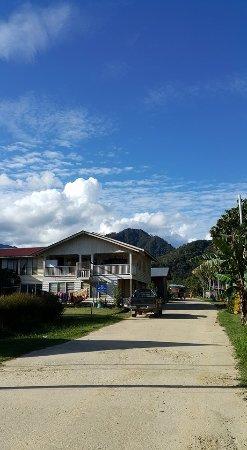 Sina Rang Lemulun Homestay