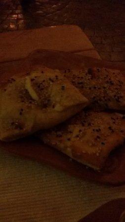 Kaliviani, กรีซ: frittelle al formaggio