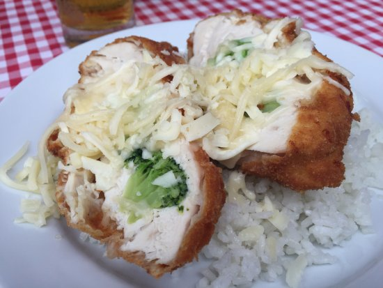 Rakoczi Restaurant : Chicken with something, too. I see broccoli and cheese.