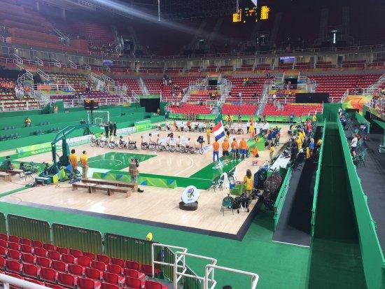 Jeunesse Arena