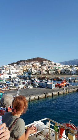 Los Cristianos Harbour: 20160913_102434_001_large.jpg