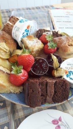 Brigg, UK: The cakes!