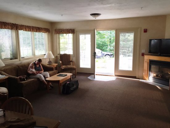 Bartlett, NH: Big Living Area