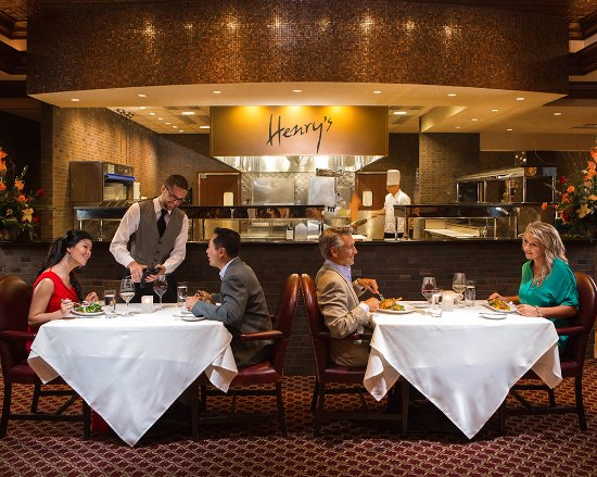 Placerville, CA: Tantalize your taste buds at Henry's Steakhouse!