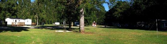 Civray, Francia: Vue générale du camping