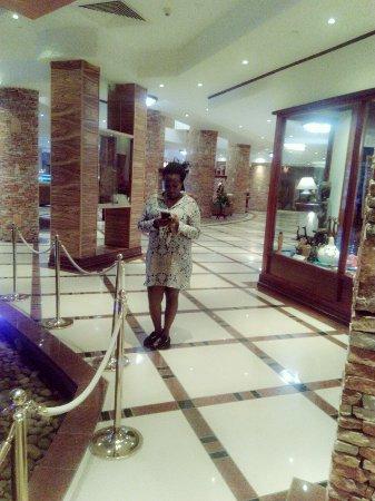 Kampala Serena Hotel: C360_2016-06-04-18-26-12-041_large.jpg