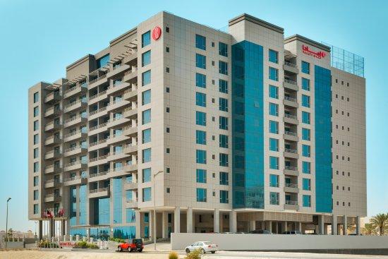 Ramada Hotel and Suites Amwaj Islands Manama: Hotel Exterior