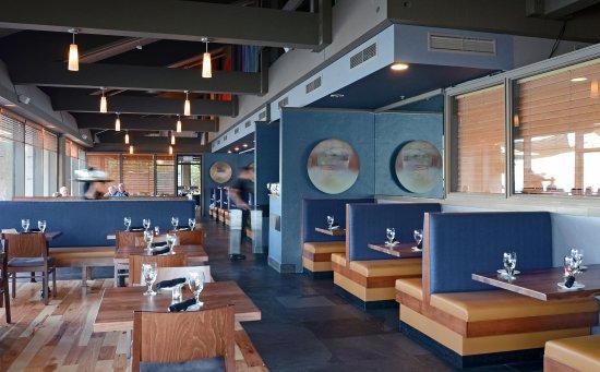 Best Western Plus Hood River Inn: Newly remodeled Riverside dining room