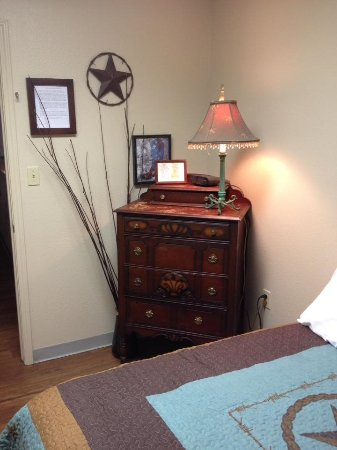 Bandera Guest House with A Place To Stay: Beautiful antique dresser in our room!