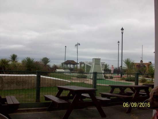 Pirates Cove - Shanklin: Crazy Golf from Clubhouse Cafe