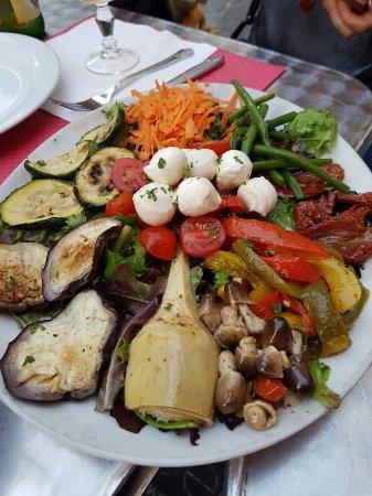 Restaurant Rue Vieuville  Paris