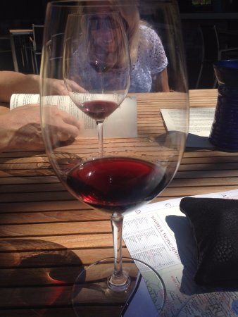 Goosecross Cellars : Sunday Afternoon Tasting