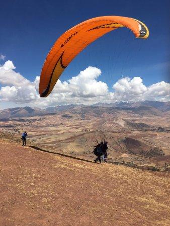 Sayaq - Seqe Paragliding